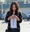 VanessaPalmerBlas/texting.jpg